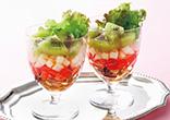キウィのレイヤードサラダ