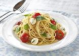 トマトとモッツァレラの冷製パスタ