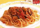 なすとソーセージのスパゲティ