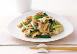 豚肉と小松菜のごまドレ炒め