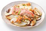 金目鯛の蒸し焼き・ナッツ味噌だれ