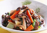牛肉と野菜のオイスターソース煮