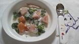 鮭とブロッコリーのミルク煮