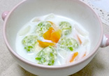 春野菜ボール・ミルクスープ仕立て